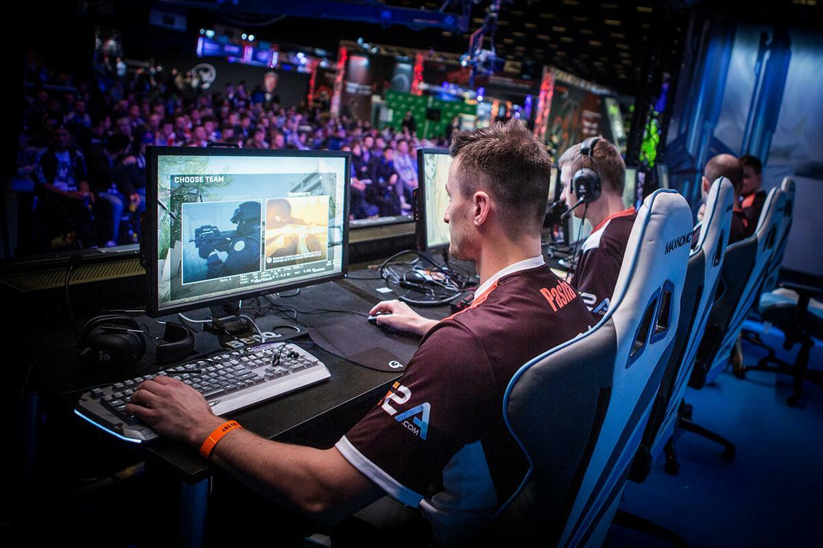 Counter Strike: Global Offensive - jocul unei generatii